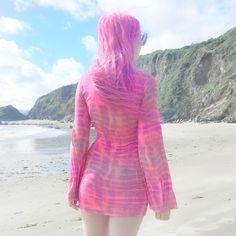 TIE DYE ON THE BEACH | Kayla Hadlington | Bloglovin'