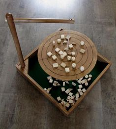 jeu d'équilibre. Woodworking For Kids, Woodworking Projects, Wood Games, Diy Games, Backyard Games, Wood Toys, Diy Toys, Game Design, Wood Crafts