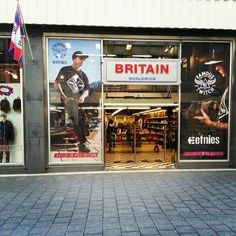 """Welcome at the """"Etnies x Famous x Go-Britain Rotterdam store"""". #etnies #famous #fsas #twitch #actie #campaign #skate #shoes #sneakers #exclusive #streetwear #theplanetisyourplayground #gobritain #rotterdam"""
