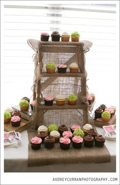 37 Ideas for rustic bridal shower cupcakes beautiful Bridal Shower Cupcakes, Wedding Cakes With Cupcakes, Cupcake Cakes, Rustic Cupcakes, Rustic Cake, Rustic Cupcake Display, Rustic Food Display, Burlap Cupcakes, Country Cupcakes