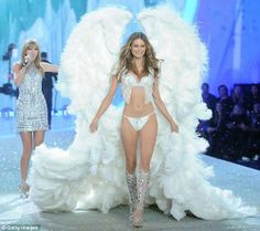 The beautiful Behati Prinsloo and Taylor Swift at the 2013 VSFS