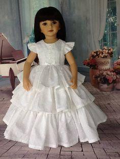 20 inch doll Retro ruffled dress. Fits Maru and Friends dolls.