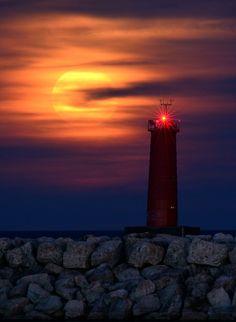 Full Harvest Moon - Sheboygan Lighthouse, New Jersey