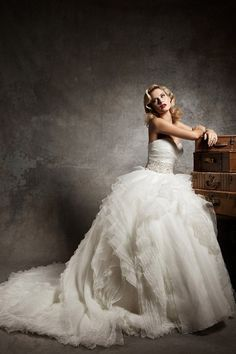 Shop beautiful 2013 Wedding Dresses Ball Gown Sweetheart Chapel Train Organza online affordable for big discount