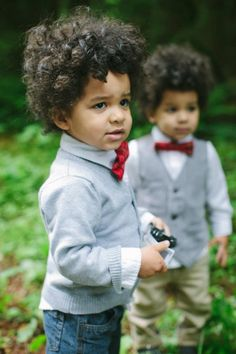 Twin boys! They look like what my boys would probably look like <3 adorable with  little baby curly frows!