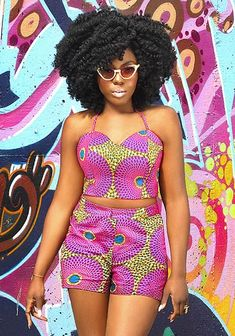 Opara Talks Business, China and Hair Heat Free Hair clip ins are the perfect protective style. They come in 3 textures for Kinks, Koils and Kurls!Heat Free Hair clip ins are the perfect protective style. They come in 3 textures for Kinks, Koils and Kurls! African Print Dresses, African Print Fashion, African Fashion Dresses, African Dress, Fashion Prints, Ghanaian Fashion, Ankara Fashion, African Prints, African Attire