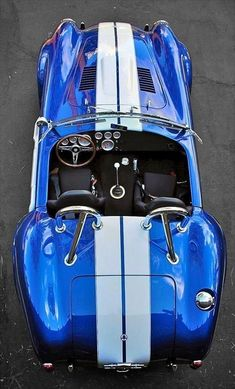 Old And Vintage Cars: Shelby Cobra (AC Cobra) - Classic car list Ford Shelby Cobra, Shelby Car, Ac Cobra 427, Shelby Gt500, Us Cars, Sport Cars, Supercars, Gp Moto, Factory Five