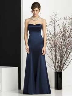 Dessy After Six 6673 Bridesmaid Dress. This strapless full-length Matte-Satin gown is luxuriantly stunning. The smooth fitting bodice embraces the body like a glove and has a beautiful sweetheart neckline. The gown flows from the neckline to the floor in a sensational princess line with a semi-open back. The trumpet skirt has a figure flattering flare that puts this dress on the style map.