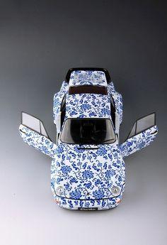 Unique blue and white porcelain - 118 Porsche 964 model (3)