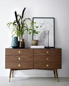 Sideboard hang-up. Don't forget our offer including discount on furniture ➡️ Scroll down in the feed to find it! #elloshome