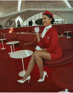 Great Legs, Nice Legs, Short Outfits, Sexy Outfits, Airline Uniforms, Girls In Mini Skirts, Girls Uniforms, Sexy Stockings, Flight Attendant