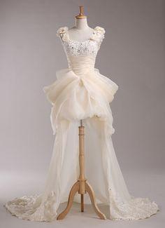 Gaun pengantin Cantik design Depan Pendek Belakang Panjang