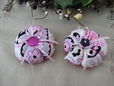 Pin Cusion handmade Flower Blossom Pin by WarmandCozyQuilts, $7.50