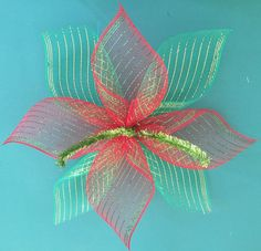 Best 12 Mesh Poinsettia by Luz Lorenzo – Musely – SkillOfKing. Mesh Ribbon Wreaths, Christmas Mesh Wreaths, Christmas Ornament Crafts, Christmas Bows, Deco Wreaths, Mesh Wreath Tutorial, Diy Wreath, Personalized Photo Ornaments, Deco Mesh Crafts