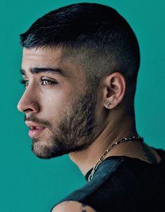 Zayn Malik for his book Short Fade Haircut, Short Hair Cuts, Short Hair Styles, Zayn Malik Style, Zayn Malik Photos, Zayn Mailk, Niall Horan, Cool Hairstyles For Men, Haircuts For Men