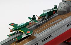 Japanese Submarine Aircraft Carrier Paper Model In Scale - by Paper Model Studio Paper Aircraft, Paper Art, Paper Crafts, Nuclear Submarine, Imperial Japanese Navy, Paper Ship, Auto Service, Winter House, Boats