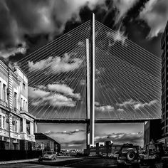 МОСТ #вл #владивосток #золотоймост #улица #дома #облака #город #чб #чбфото #чернобелоефото #vl #vladivostok #goldenbridge #city #clouds #street #ig_vladivostok #tvoyvladivostok #landscape #bw #bw_vladivostok #bnw #bnw_captures #blackandwhite