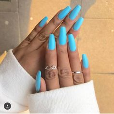 Having short nails is extremely practical. The problem is so many nail art and manicure designs that you'll find online Blue Acrylic Nails, Summer Acrylic Nails, Nails Summer Colors, Ocean Blue Nails, Blue Coffin Nails, Bright Nails For Summer, Blue Gel Nails, Summer Nails 2018, Baby Blue Nails