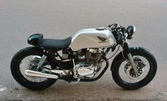 Honda Cb cb 400 83 cafe                                                                                                                                                                                 Mais