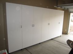Superbe 25ft White Garage Cabinets