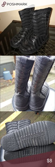 Warm Black Sequence Boots These cute black boots are perfect for keeping your feet warm! They have sequence on the outside and have a zig zag type pattern. Shoes Winter & Rain Boots