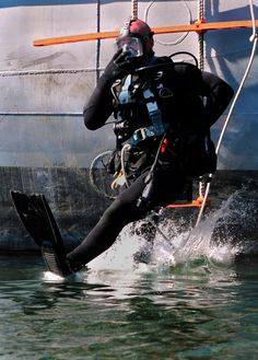 On his way to work! #Navy #USNavy #AmericasNavy navy.com