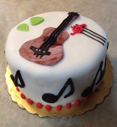 music birthday cake for a man or anyone who loves music