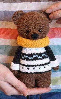 Mesmerizing Crochet an Amigurumi Rabbit Ideas. Lovely Crochet an Amigurumi Rabbit Ideas. Chat Crochet, Crochet Mignon, Crochet Patterns Amigurumi, Amigurumi Doll, Crochet Dolls, Amigurumi Tutorial, Tutorial Crochet, Crochet Bunny, Crochet Cozy