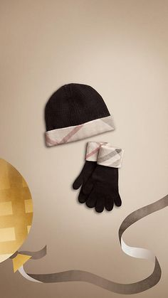 Cotton Cashmere Gloves and Beanie Set | Burberry