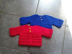 Ravelry: Chunky Monkey Baby Cardigan pattern by Laura Tegg.. Free pattern!