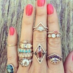 Such cute rings! I would wear all of them at once. Cute Jewelry, Jewelry Box, Jewelry Accessories, Fashion Accessories, Fashion Jewelry, Jewelry Design, Style Fashion, Fashion 2015, Wedding Accessories