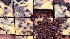 Λάμπρος Βακιάρος: Έφτιαξε λαχταριστό brownie cheescake | Znews Desserts, Food, Tailgate Desserts, Deserts, Essen, Postres, Meals, Dessert, Yemek