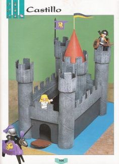 Paper castle for kids. Fun Crafts To Do, Diy Crafts For Kids, Castle Crafts, Grandma Crafts, Castle Project, Cardboard Dollhouse, Felt Play Mat, Toilet Paper Crafts, Château Fort