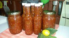 LEKKER RESEPTE VIR DIE JONGERGESLAG: THAI HOT SWEET CHILLI SAUCE Chilli Jam, Sweet Chilli Sauce, Chutney, Yummy Food, Jar, Cooking, Sauces, Drinks, Kitchen