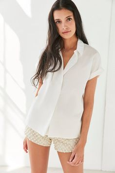 Slide View: 1: Silence + Noise Popover Collared Blouse