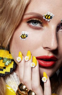 Emoji Girl Emoticon Beauty Editorial with model Emily Steel by photographer Jamie Nelson Source by l Jamie Nelson, Girl Emoji, Emoji Stickers, Make Up Inspiration, Celebrity Photographers, Diy Nail Designs, Beauty Shoot, Glossy Lips, Advertising Photography
