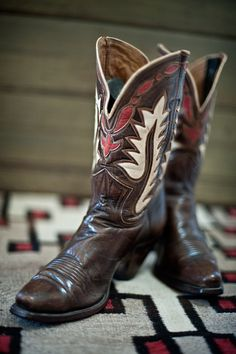 N. Porter cowboy boots, Phoenix. Circa 1940. -- For more country inspirations, visit www.broncobills.co.uk