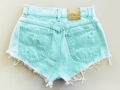 high waisted shorts! fashion Cut Off, Jean Shorts, Random, Casual Shorts, Photos, Tights, Jeans, Short Waist, Outfits