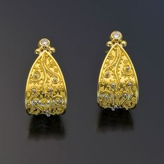 Zaffiro - earrings 22kt gold granulation diamonds hoops