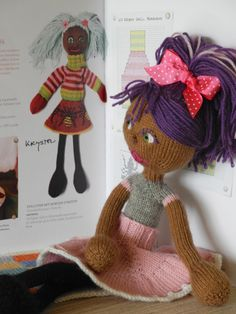 knitted dolls arne and carlos - Google Search  she has the cutes hair