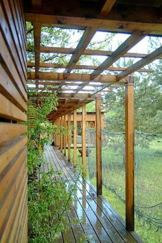 Pergola Bois Bambou - - - Pergola With Roof Screened Porches Vinyl Pergola, Building A Pergola, White Pergola, Pergola Garden, Pergola Swing, Metal Pergola, Deck With Pergola, Wooden Pergola, Covered Pergola