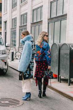 New York Fashion Week - 💙 Look Fashion, Winter Fashion, Fashion Outfits, 50 Fashion, Steampunk Fashion, Gothic Fashion, Fashion Styles, Womens Fashion Online, Latest Fashion For Women