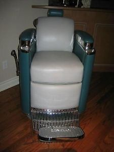ANTIQUE BARBER CHAIR Markham York Region Toronto GTA Image 2