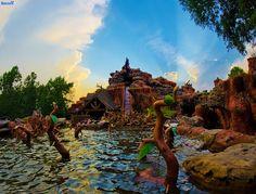 The Great Disney Light Hunt by Tom Bricker (WDWFigment), via Flickr