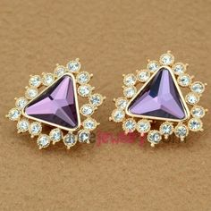 Elegant stud earrings with rhinestone & crystal decoration