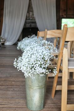 Rustic meets shabby chic wedding     The Frosted Petticoat