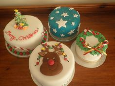 christmas cakes by truly scrumptious cakes by Lynn, via Flickr