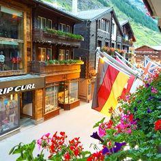 こちらはホテルのバルコニーから #スイス#アルプス#ツェルマット