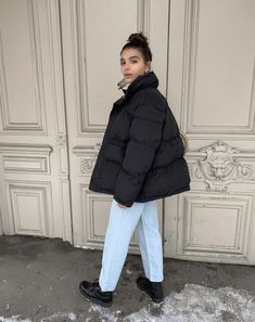 Winter Fashion Outfits, Look Fashion, Fall Outfits, Autumn Fashion, Cute Outfits, Mode Ootd, Mode Hijab, Puffy Jacket, Look Vintage
