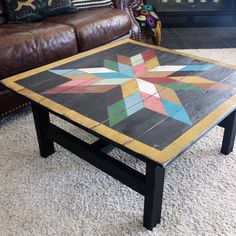70 Suprising DIY Projects Mini Pallet Coffee Table Design Ideas 58 – Home Design Barn Quilt Designs, Barn Quilt Patterns, Quilting Designs, Quilting Ideas, Mini Pallet, Painted Barn Quilts, Barn Art, Square Quilt, Home Design